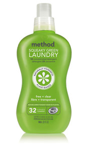 Green cleaning laundry detergent